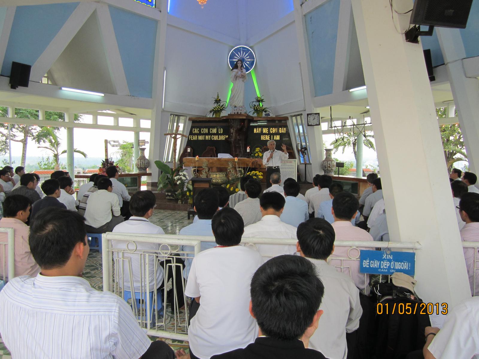 ĐCV Huế hành hương Mẹ Trà Kiệu – 2013