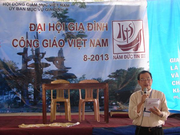 Đại Hội Gia Đình Sống Năm Đức Tin Cùng Mẹ La Vang Năm 2013 – Chiều 14.8.2013