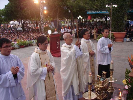 Thánh lễ sáng ngày 14.8.2013 tại Linh Địa La Vang