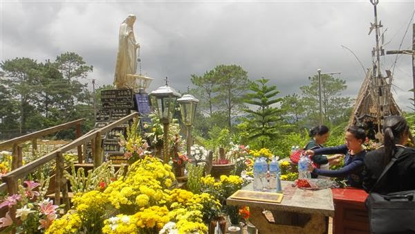 Tháng Hoa hành hương Mẹ Măng Đen – GP Kon Tum