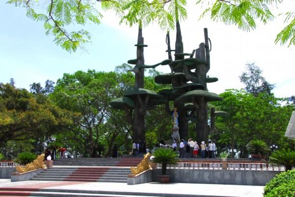 Suy tư của ĐHY Phanxico Xavie Nguyễn Văn Thuận về sứ điệp Đức Mẹ La Vang