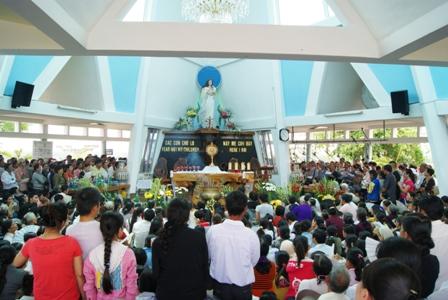Mừng kỷ niệm 125 năm ngày Đức Mẹ hiện ra tại Trà Kiệu (10&11/9/1885 – 10&11/9/2010)