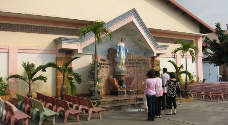 Sự tích thành lập trung tâm Fatima Bình Triệu