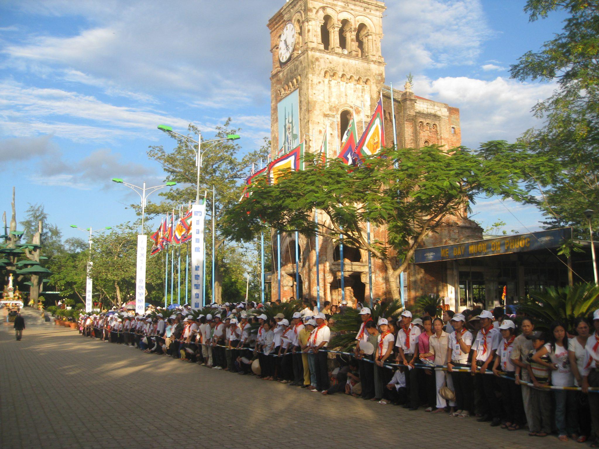 Nhân đọc Sứ Ðiệp ÐTC Gioan Phaolô II về việc Kỷ Niệm 200 năm Ðức Mẹ hiện ra tại La Vang