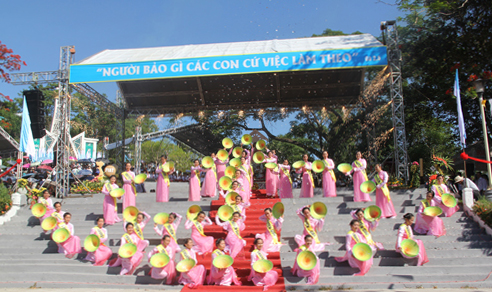 dang hoa dai hoi me tra kieu 2014-8