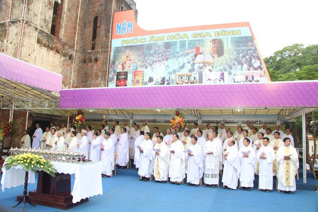 Đại Hội La Vang 30: Thánh lễ khai mạc thật long trọng