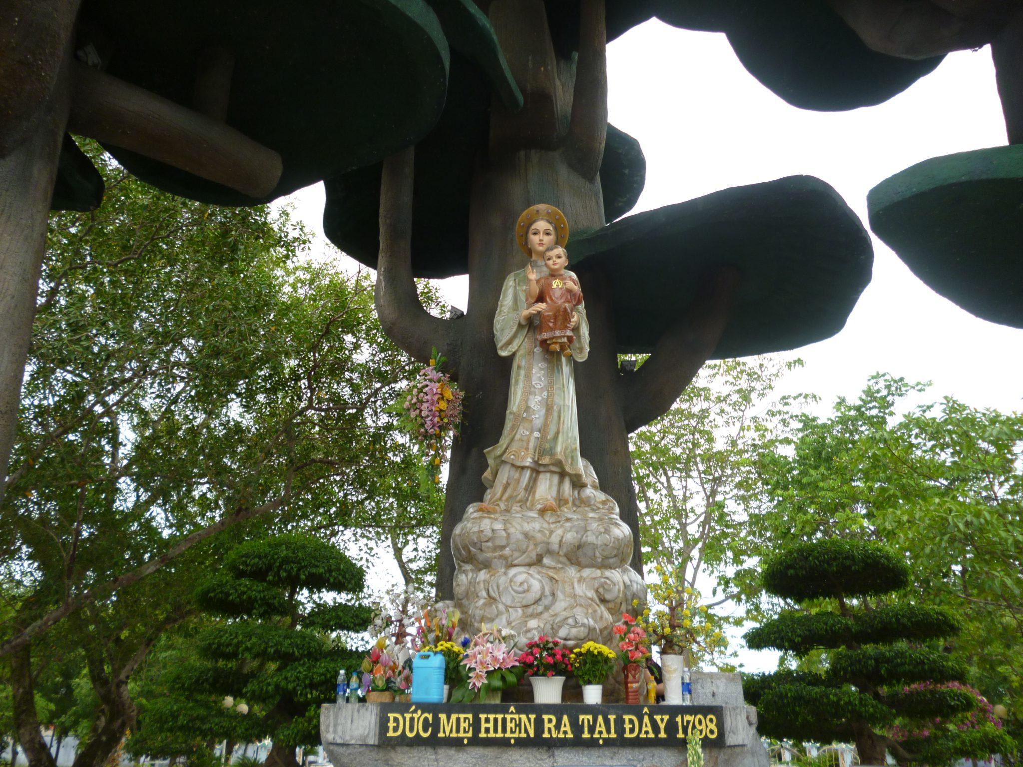 Thánh Lễ ngày Thứ Bảy Đầu Tháng 01.2015 tại TTHH Đức Mẹ La Vang