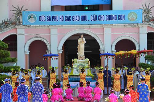 Đại Hội Hành Hương – Kỷ niệm 130 Đức Mẹ Trà Kiệu hiện ra (1885 – 2015)