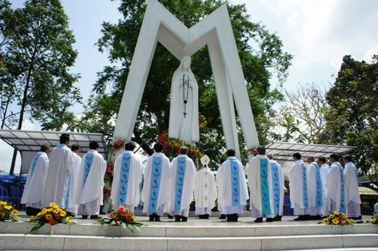 Trung tâm hành hương Mẹ Fatima Vĩnh Long