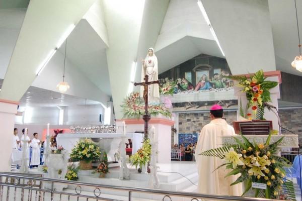 Đức cha Phêrô Nguyễn Văn Khảm kêu gọi khách hành hương thực hiện mệnh lệnh Fatima
