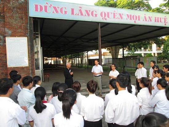 Sinh viên công giáo Huế - Đà Nẵng tham dự linh thao tại TTHH Mẹ La Vang